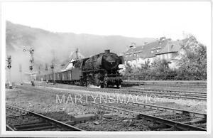 B5 DB German Railway Photograph 044-117 on Southbound freight @ Cochem 21-7-1970