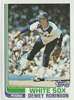 FREE SHIPPING-MINT-1982 (WHITE SOX) Topps #176 Dewey Robinson (FACSIMILE AUTOGRA