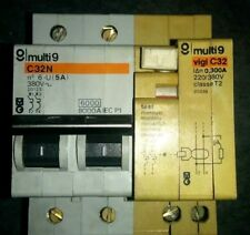 Disjoncteur merlin Gerin multi9 C32N 380V 20123 plus vigi C32 0,300A 20338
