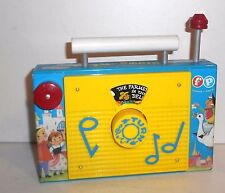 """1963-66 Vintage Fisher Price Play Toys ~ #166 """"Farmer in the Dell"""" TV / RADIO"""