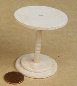 1:12 Scale Natural Finish Medium Café Pub Wood Table Dolls House Furniture AD