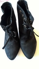 Ladies Bertie black Nubuck/Leather pull on ankle boots size 40