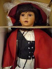 Designer Guild Collebtion, Caperucita Roja ( Little Red Hiding Hood ) Doll