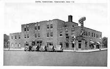 Tomahawk Wisconsin Hotel Street View Linen Antique Postcard K18126