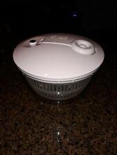 New listing Pampered Chef Salad Spinner