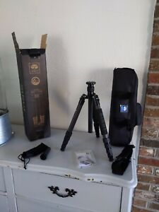 SIRUI T-1205X Tripod 5-Section Carbon Fiber Tripod Photography and Hunting Needs