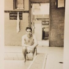 ORIGINAL vintage GAY INTEREST PHOTO BEEFCAKE MAN SHIRTLESS SWIMSUIT MODEL