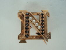 USA FRATERNITY PIN NU SIGMA NU. MADE IN GOLD. DATED 1895. NAMED. RARE! 467