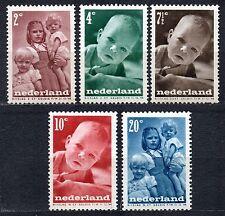 Netherlands - 1947 Child welfare Mi. 495-99 MH