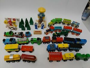 Lot 50 Thomas The Train & Friends Metal Die Cast Magnetic Trains, Water Tower &