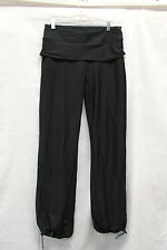 Lululemon Womens Track Pants Skirt Size 10-12? Excellent Used Condition Black