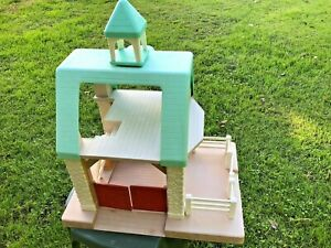 Vintage RARE Little Tikes Horse Stable Barn 1 Hay- Bale-Ladder & Roof Cupola