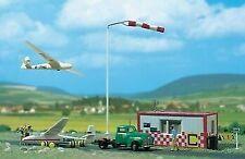 Busch 1050 Segelflugplatz H0