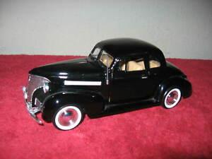 1939 CHEVROLET COUPE BLACK 1:24 MOTOR MAX OPENING HOOD DOORS TRUNK