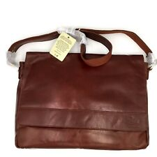 "Estalon Leather 14"" Professional College Laptop Messenger Bag (New with defect)"
