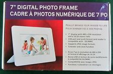 "NEW 7""DIGITAL PHOTO FRAME - MODEL C73P"
