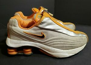2002  NIKE SHOX R4 Grey Orange Running Shoes 105296 101 SZ 7.5