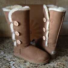 UGG BAILEY BUTTON TRIPLET TRIPLE CHESTNUT TALL BOOTS SIZE US 6 WOMENS