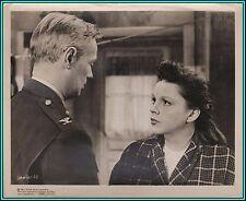 """JUDY GARLAND & RICHARD WIDMARK in """"Judgement At Nuremberg""""- Orig. Vintage Photo"""