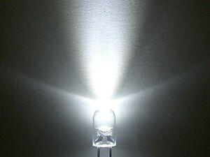 10 Stück LED weiß 3mm Betrieb OHNE Widerstände direkt an 12 bis 24V NEU