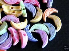 200 Crescent Moon Faces Acrylic Plastic Charms Beads