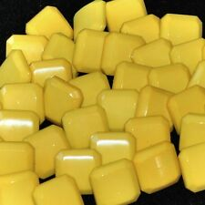 Mercerie lot de 5 Boutons plastique carré jaune 12mm button
