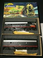 Athearn HO Scale Southern Pacific F7 A&B Super Power Black Window Locomotive Set