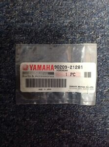YAMAHA VMAX  XVZ13  FJR1300  GENUINE TRANSMISSION THRUST WASHER - # 90209-21281