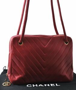 Authentic CHANEL Calf Skin V Stitch Shoulder Hand Bag Red CC C1488