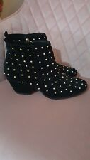 Topshop black/gold studded ankle boots size 6/39