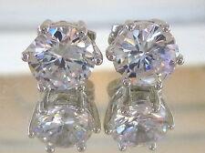 Top designer 10 kt white gold Stud  Diamond Earrings 1.0 CT