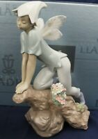 Lladro PRINCE OF ELVES privilege Model 7690 BOXED