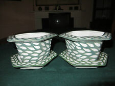 HANDPAINTED Green & White Plant Pot with Saucer/Cachepot - 'Leaf' Design L