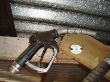alte Zapfpistole tanksäule tankstelle