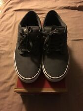 Vans Atwood Skate Shoe Size 10 Canvas Pewter/White New In Box