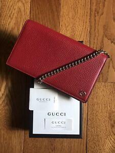 GUCCI Interlocking G Chain Wallet 466506
