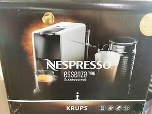 Krups Nespresso Essenza Mini XN1118 Kaffeekapselmaschine (1310 Watt, 0,7 Liter,