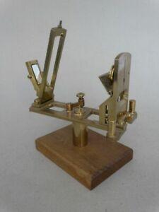 Antikes Gerät - Labortechnik - Messtechnik - Messing Spiegel drehbar - 1910