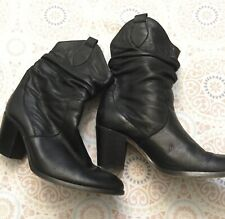 Max & Co. Black Leather Small Boots With Heel Sz. 37/7 *