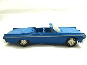 Scarce 1963 Oldsmobile Starfire Conve Johan Motors Friction Plastic Dealer Promo