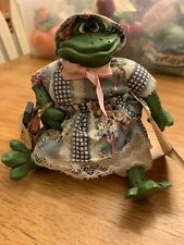 Russ Country Folk Frog Fergie