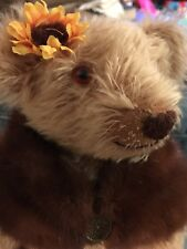 OOAK COLLECTABLE TEDDY BEAR. beautiful Mohair Glass Eyes Real Mink Shawl Suade P