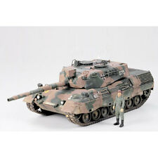TAMIYA 35112 West German Leopard Tank A4 1:35 Military Model Kit