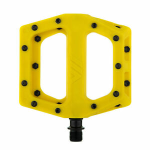"""DMR V-11 Pedals, 9/16"""" - Yellow"""