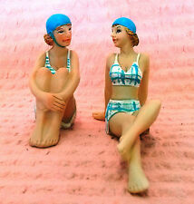 OLD FASHIONED LADIES IN BATHERS FIGURINES (set 2)