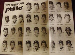 Vintage 1977 Philadelphia Phillies foldable Roster & Schedule  Players Photos