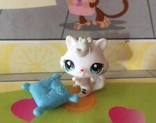 Littlest Pet Shop #3585 White Baby Cat Blue Eyes