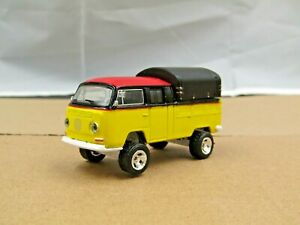 dcp/greenlight Custom lifted black/yellow VW Doka 4x4 1/64.