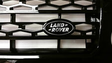 Land Rover Grillon Large badge in Black and Silver