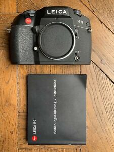 LEICA R9 black. As new, never used. With instruction manual